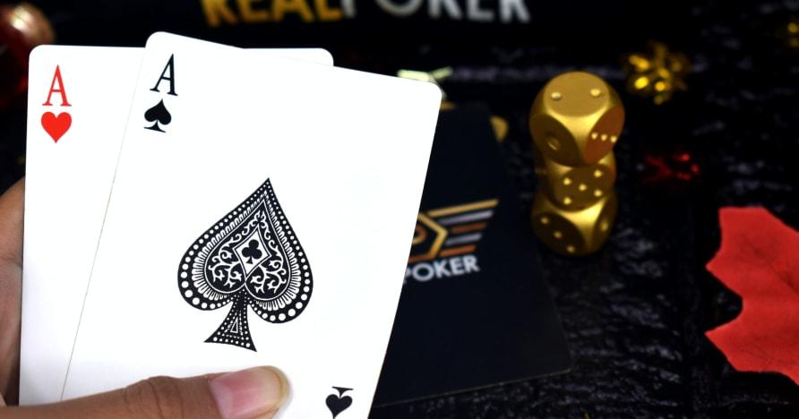 포커 플레이-최고의 전략 및 확장 팁